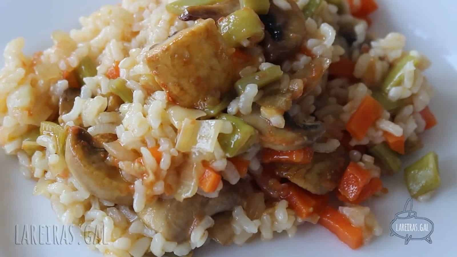 Arroz con verduras ao curry