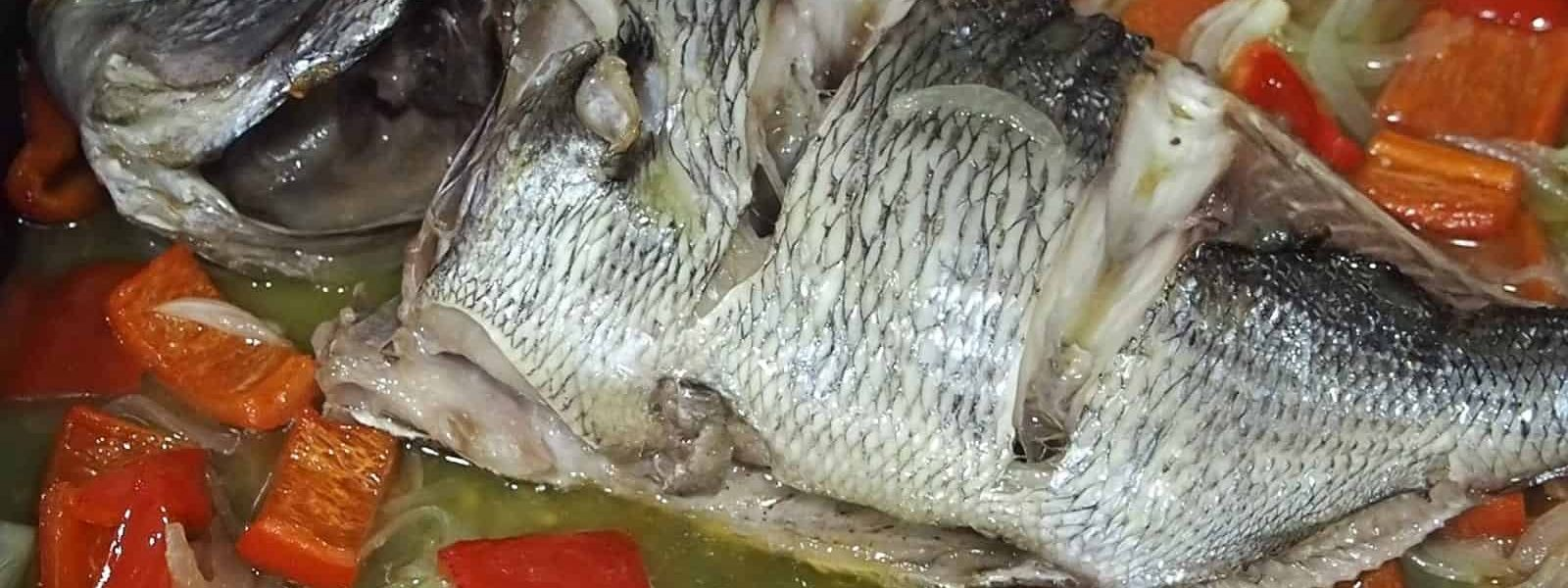 Baked sea bream with red pepper